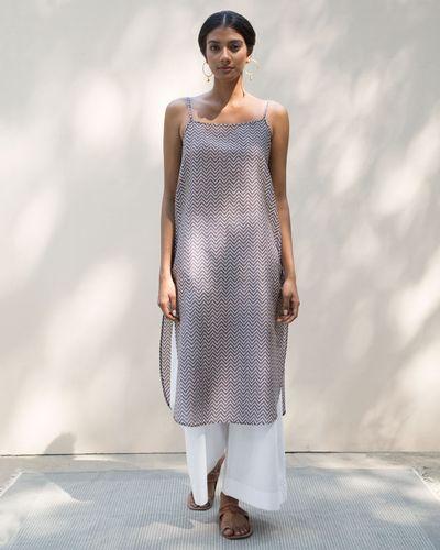 1ab8f38974fe0 Buy Slip Dress Women Dresses & Overlays Online   Nicobar