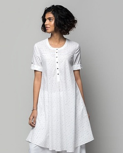 Wear Everywhere Dotted Kurta
