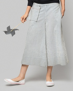 Miya Cropped Trouser