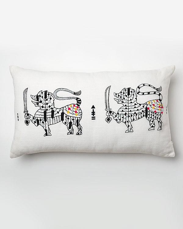 Singha Twin Pillow
