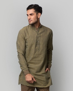 Check Cheenth Kurta