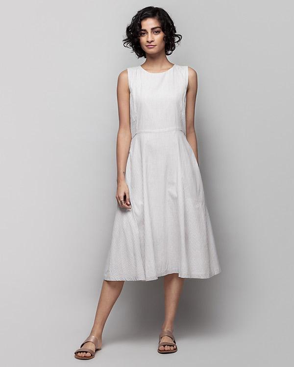 Yoroi Sleeveless Dress - Grey & White