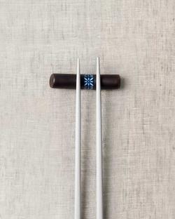 Aiiro Chopstick Rest