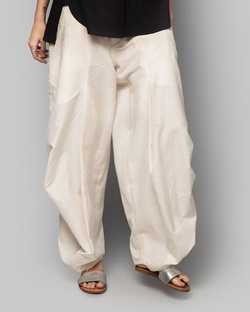Iris Weekend Trouser - Ivory