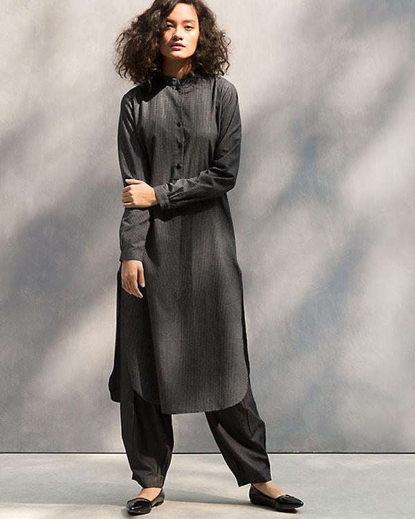 Long Length Kurta - Black & White