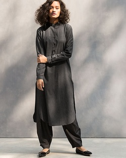 Long Length Kurta - Black & White