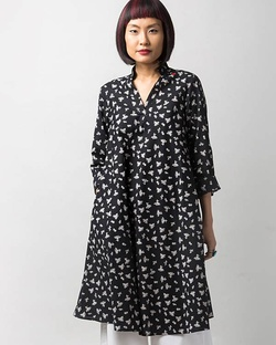 Greet The Sun Kurta - Black