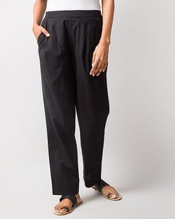 Pleated Narrow Pants - Black