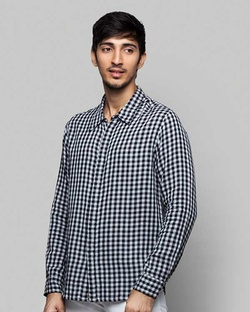 Kanchenjunga Checkered Shirt - Black & White
