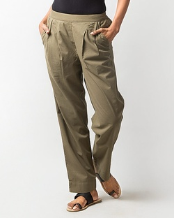 Pleated Narrow Pants - Olive