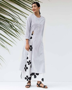 High Slit Stripe Kurta