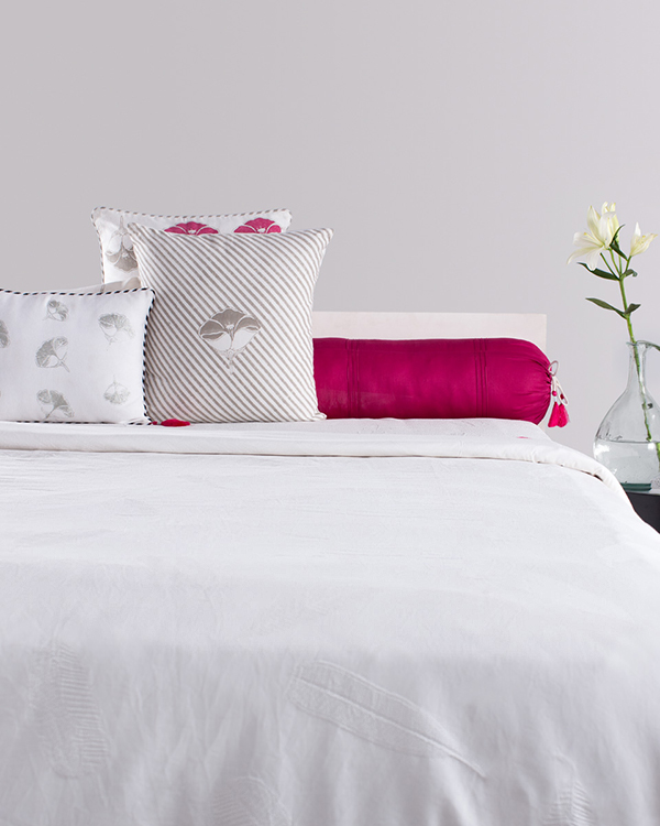 Frangipani Leaf King Duvet Cover from Bedding collection at Nicobar : frangipani quilt cover - Adamdwight.com